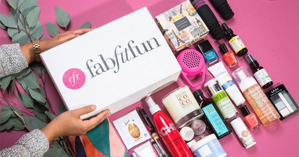 FabFitFun: Discover products for a life well lived!-Get a box of the best, full-size beauty, wellness, fashion, and fitness products 4x per year - a curated, seasonal surprise of over $225 in fab finds for $49.99. Save an extra $5 and get FREE shipping with code NEW5