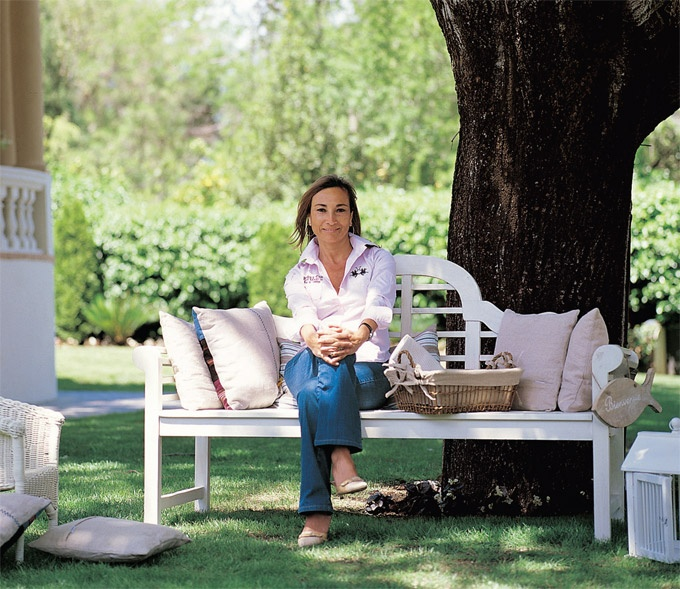 Finder Magazine : Coton et Bois. Асун Анто. Испанский дизайн во французском стиле