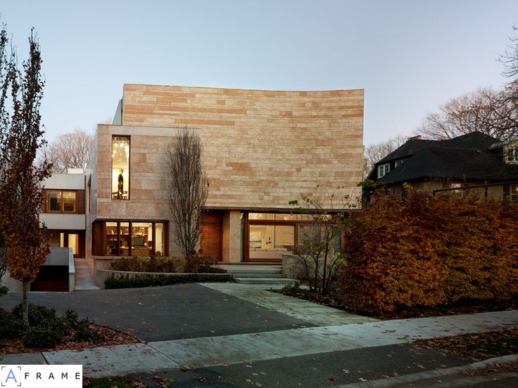 Built by Hariri Pontarini Architects in Toronto, Canada with date 2006. Images by Ben Rahn/A-Frame. Located within a large ravine system in a North Toronto neighbourhood, this private residence not only takes advantag...