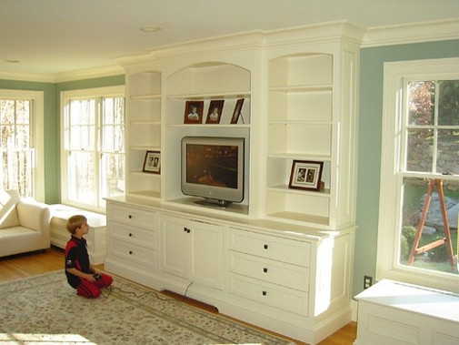 17 best images about wall unit built in on pinterest tvs for Media room built in cabinets