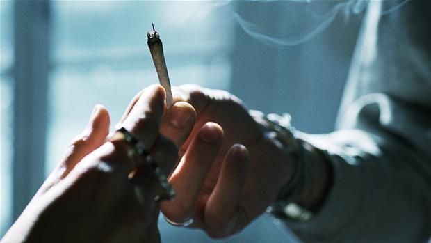 25 elever blev smidt hjem i denne uge, fordi de har røget hash på Vojens Gymnastik- og Idrætsefterskole.