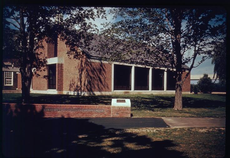 The Rockefeller Quadrangle C 1970s The Loomis Chaffee School Historic Loomis Chaffee New England