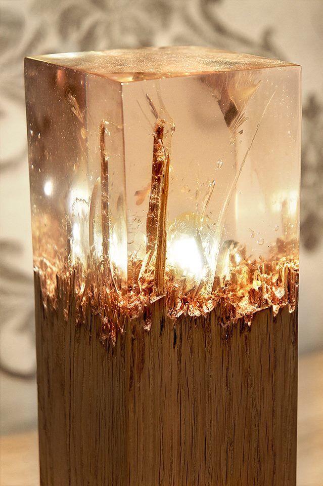 ledje in het midden en hoppa en lamp