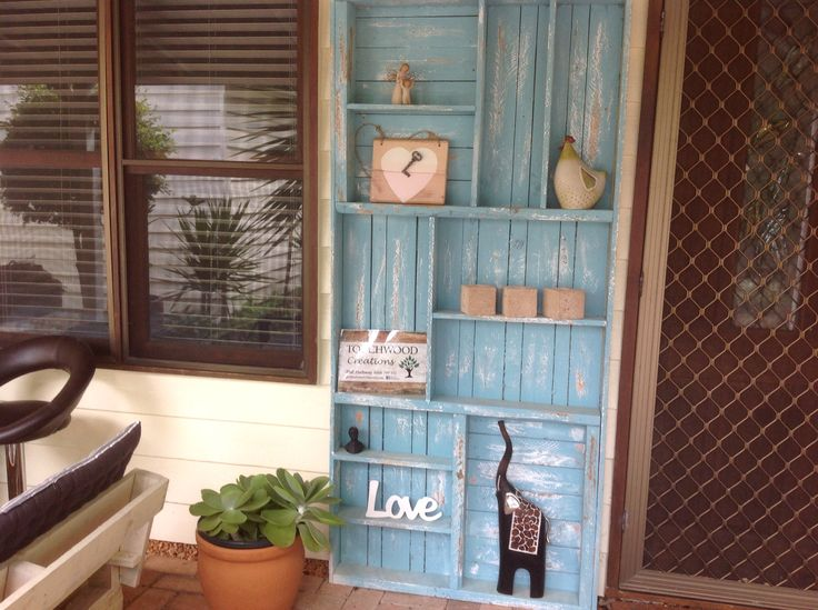 Rustic pallet wood wall unit. Distressed and painted by Touchwood Creations Sunshine Coast.