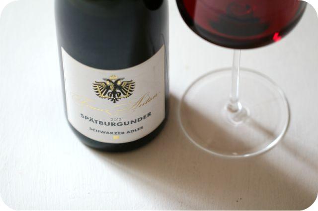 Spätburgunder Franz Anton vom Weingut Franz Keller, Kaiserstuhl, Deutschland | Arthurs Tochter kocht von Astrid Paul [Spargel & Wein]