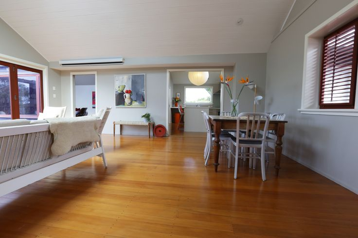 #homestaging by #placesandgraces #livingroom #diningroom #styling #freedomfurniture #bench