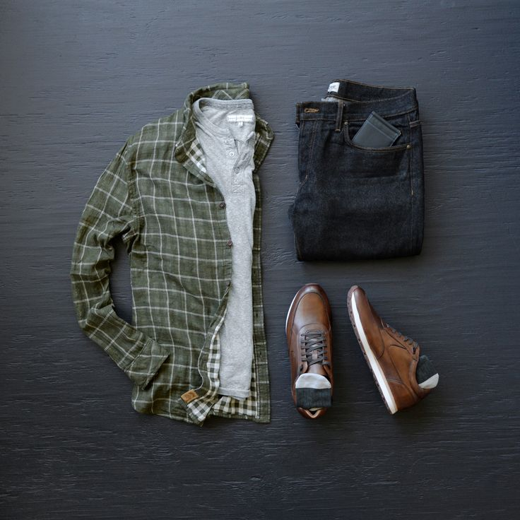 Casual and Styling with @niftygenius and @johnstonmurphy | #mensfashion #mensstyle #style #grid