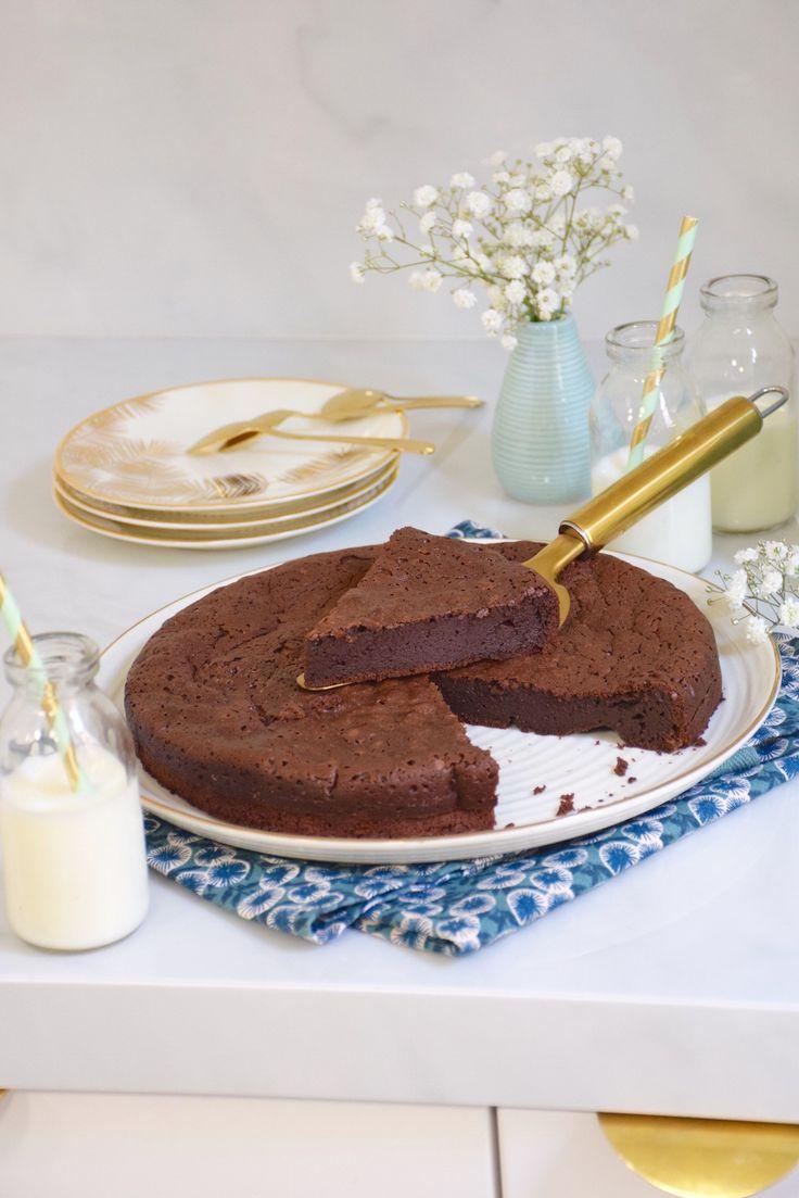 LE Meilleur gâteau au chocolat du monde... rien que ça! Ce gâteau inratable risque de faire des heureux!!!