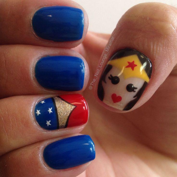 Wonder Woman Nail Art: Wonder Woman Nail Art Design