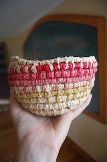 Tutorial – Simple basket weaving tutorial with Deb Cole