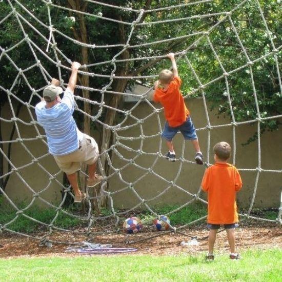 Outdoor Spielplatz-Kletter Netz aufhängen