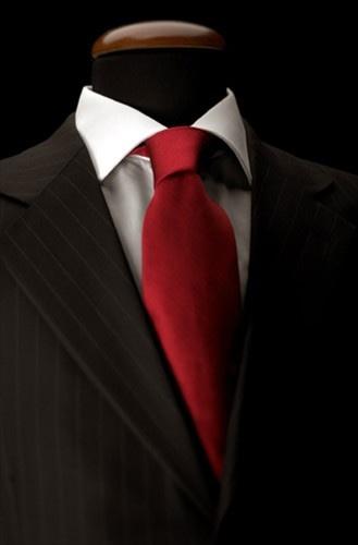 Come fare il nodo alla cravatta - Leggi l'articolo!