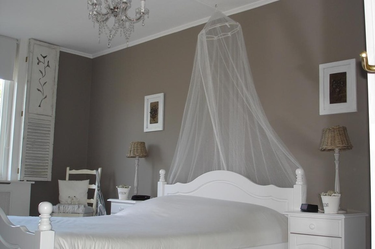 78 images about slaapkamer on pinterest ceiling curtains grey and beige bedrooms - Kleur schilderen master bedroom ...