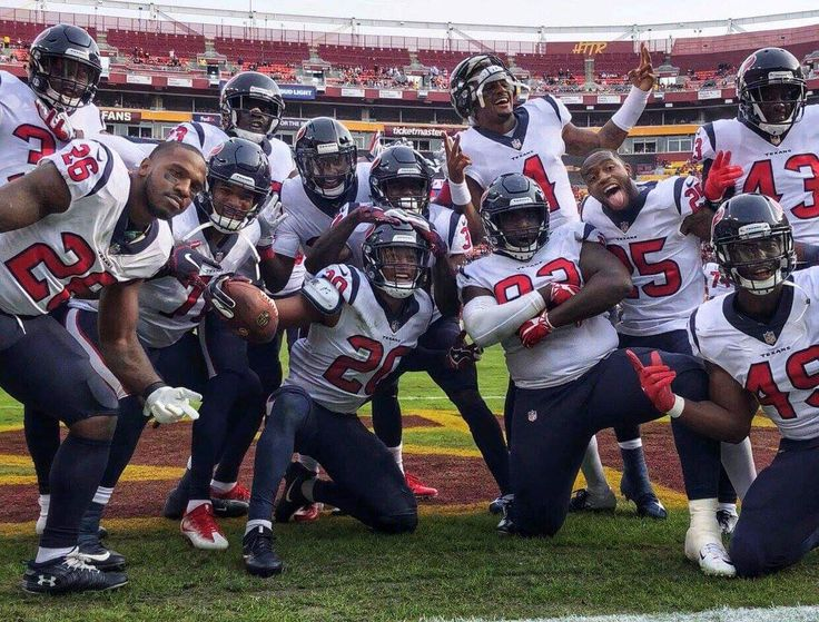 Pin by Travis Pulver on FootballNFL, College, Canadian