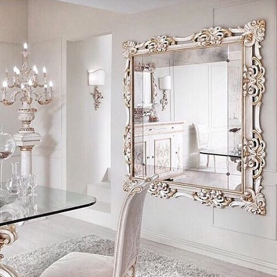 Best 25 dining room mirrors ideas on pinterest wall for Dining room mirror ideas