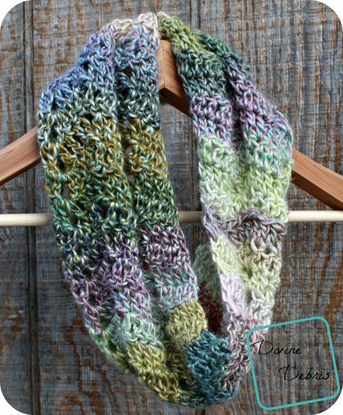 Loom Knit Hooded Scarf Pattern : 25+ best ideas about Cowl scarf on Pinterest Loom knitting, Hooded scarf an...