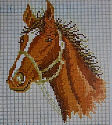 pola sulam kristik kepala kuda