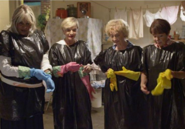 Florence Henderson's Last Movie 'Bad Grandmas' Released Today #BadGrandmas, #FlorenceHenderson, #TheBradyBunch celebrityinsider.org #celebritynews #Movies #celebrityinsider #celebrities #celebrity #moviesnews