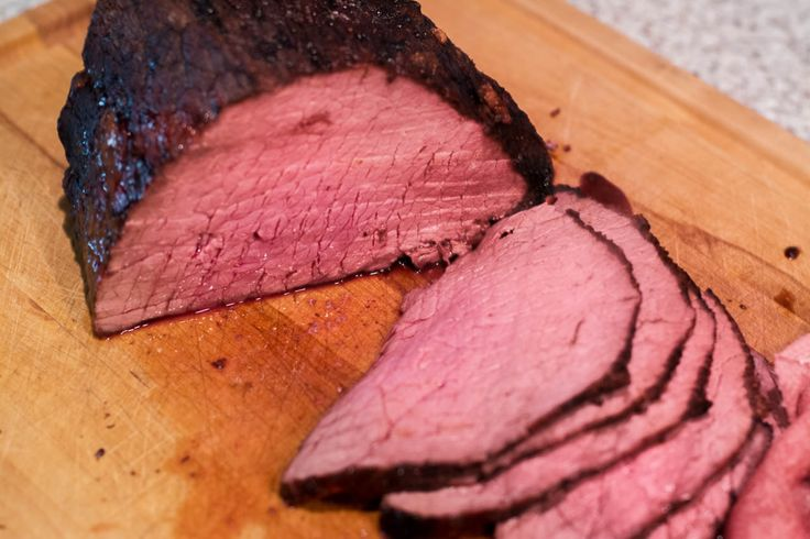 Cook a roast beef in The Big Easy® oil-less turkey fryer with this tasty All-Star roast beef recipe.
