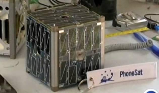 NASA lansira novu vrstu nanosatelita: tri HTC Nexus One-a http://www.androidrevija.com/nasa-lansira-novu-vrstu-nanosatelita-tri-htc-nexus-one-a/
