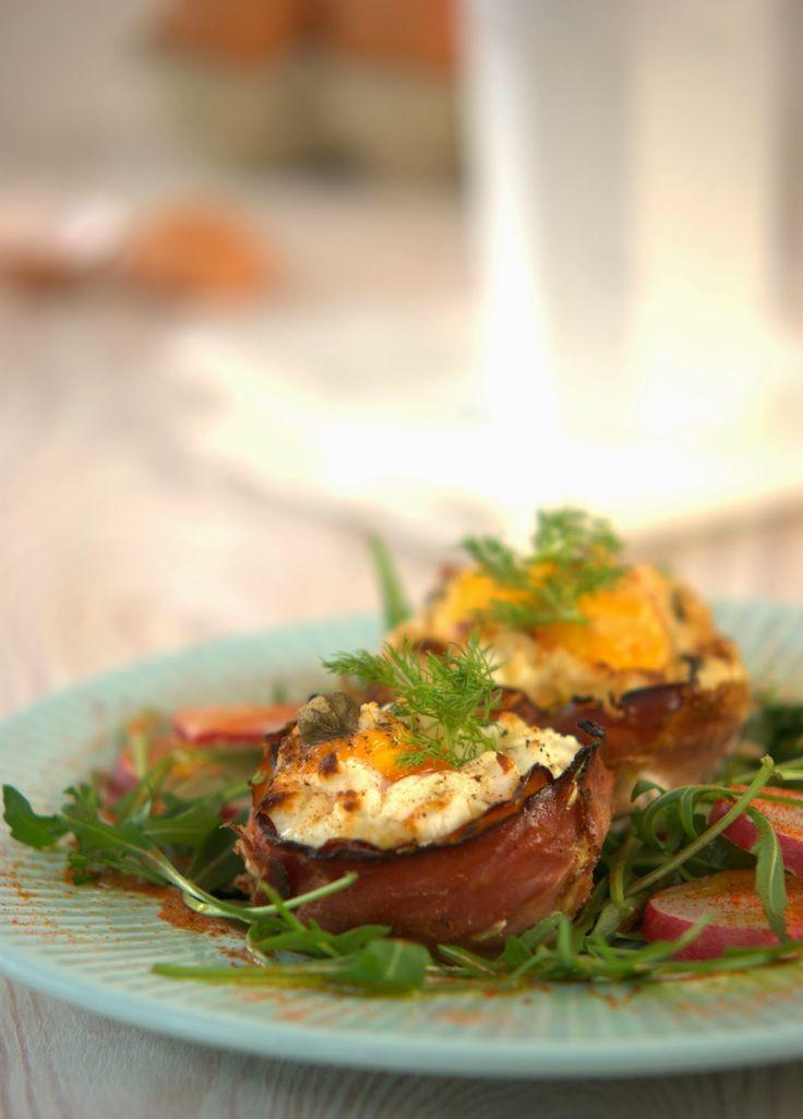 szczypta smaQ: Weekendowe śniadanie - jajka zapiekane w szynce