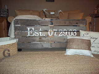 storage bench made from pallets with a special meaning!!