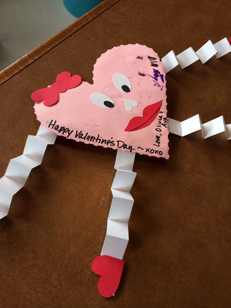 Valentine's Day kid craft!