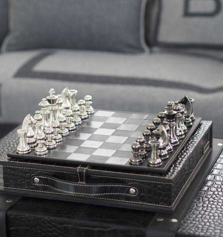 Park Lane chess, black