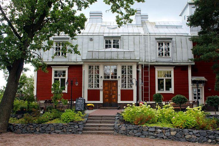 Suomi Tour: Peroba Cafe