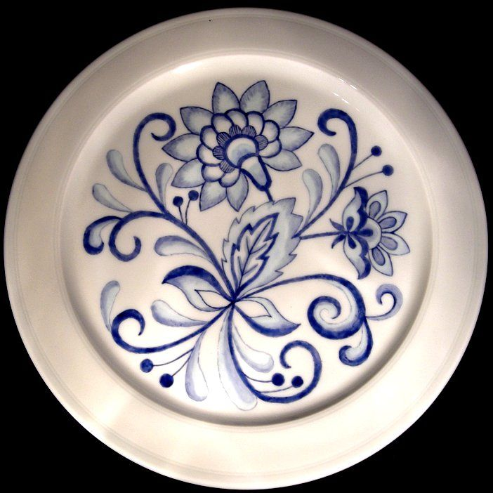 Delft inspired plate 2 by Jean Colbear