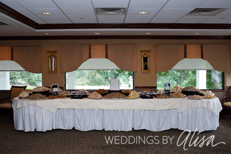 Largest cookie table in Pittsburgh, Wedding cookie table, Pittsburgh Wedding Photographers