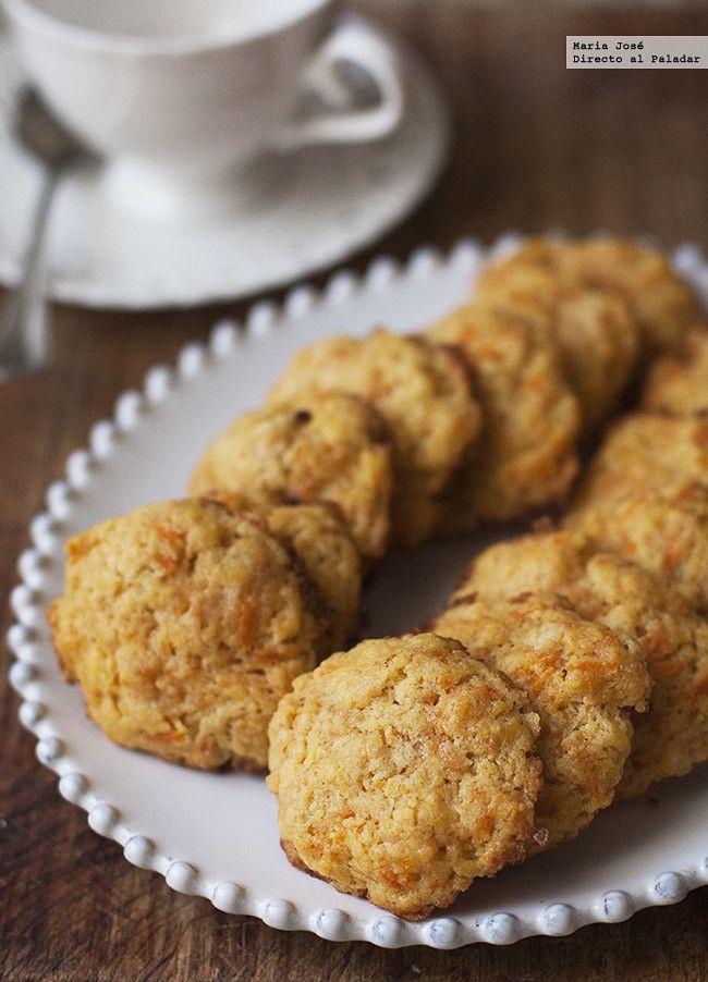Galletas De Zanahoria 100g mantequilla, 80g azúcar en polvo, 100g zanahoria rallada, 180g harina, 1cdta esencia de vainilla, 1cda de levadura pizca sal Hornear 15 minutos o más Receta para 15 galletas