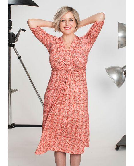 4ce67a539ec1 Draperad klänning TinaTunika, finns i tre olika färger | Mode | Fashion,  Dresses, Wrap Dress