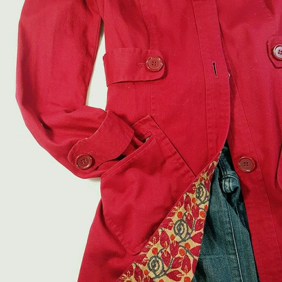 ❤HP❤ Fitted Red Trench Coat Fitted trench coat in deep red, large buttons, 100% Cotton. Gently used in great condition. Smoke free home. Size S. Bandolino Jackets & Coats Trench Coats