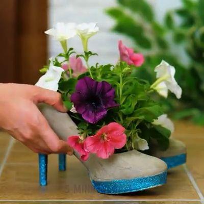 Amazing Gardening Hacks 🌿 – Henriette Klaere