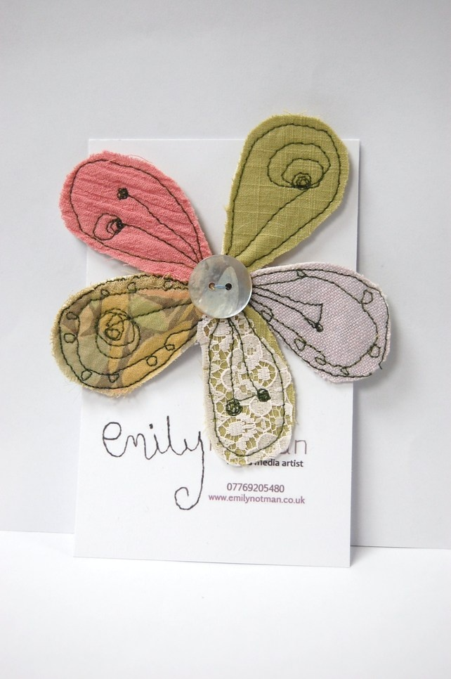 Springtime flower applique--no instructions but great inspiration