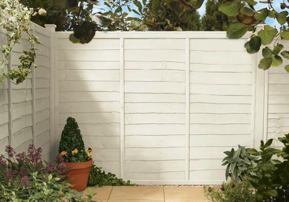 Cuprinol Shades Pale Jasmine on the fence