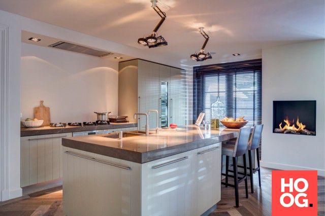 Luxe keuken design met zitgedeelte Interiors Pinterest - versenkbare steckdosen küche