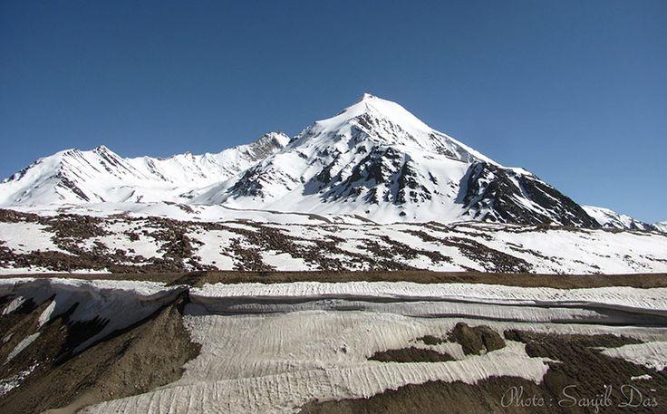On the way to Tsomoriri-Manali Album: Ladakh - The Forbidden Wilderness Photo Credit: Sanjib Das
