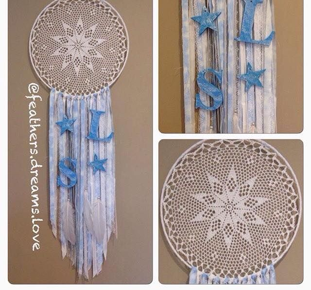 Custom made frozen theme dreamcatcher by feathers.dreams.love #dreamcatcher #custom #unique #handmade #feathersdreamslove #wallhang #walldecor #beads #nurserydecor #homedecor #decor #smallbusiness #feathers
