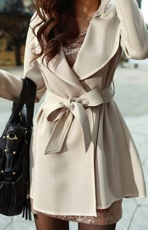 Lovely half white trench coat for winter | Women Fashion Galaxy by PARISS