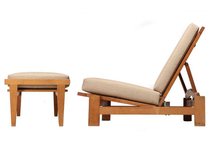 Lounge Chair And Ottoman Image 5