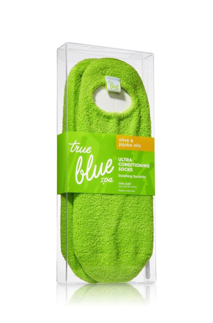 Gel Socks - True Blue® Spa - Bath & Body Works $25 well spent! These gel socks are AMAZING!!!!<3
