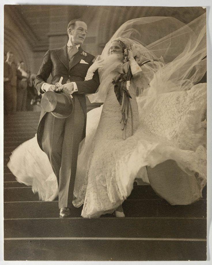 Foto do casamento de 1930 Estrelas musicais Madge Elliott e Cyril Ritchard casamento 1935