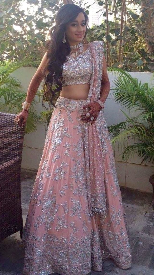 @nivetas get this beautifull lehenga made at @nivetas whatsapp +917696747289 visit us at https://www.facebook.com/punjabisboutique  #Lehenga #Engagement #Wedding