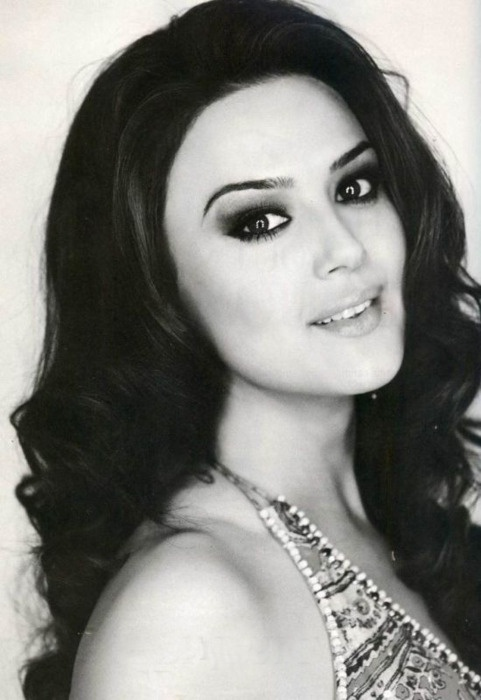 Famous Pretty Girls: 126 Best Images About Preity Zinta On Pinterest