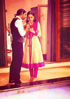 Arnav kissing Khushi