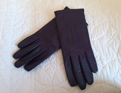 BRAND NEW MARKS & SPENCER PURPLE LEATHER GLOVES SIZE M - Whispers Dress Agency - Womens Gloves - £15