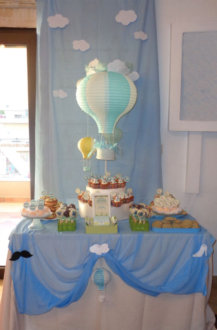 Birthday party for 3 (baby - mom - godfather)