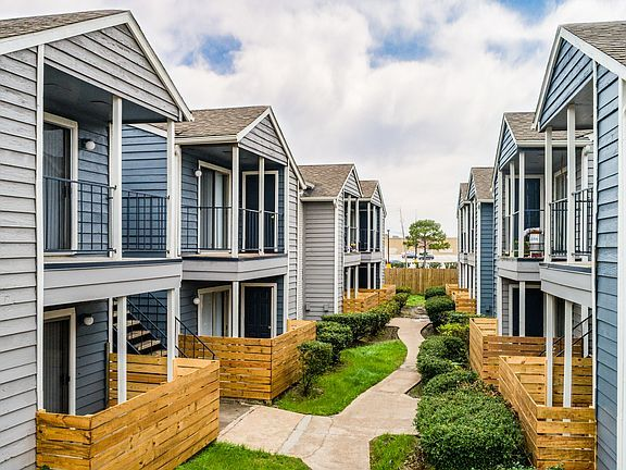 Westbury Crossings Apartment Rentals Houston Tx Zillow Apartments For Rent Apartment Rental Apartments